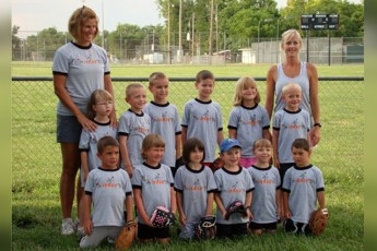 Inman youth t-ball team and coaches, 2009.